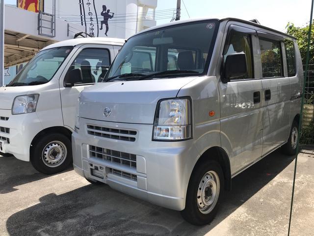 沖縄の中古車 日産 NV100クリッパーバン 車両価格 39万円 リ済込 2014(平成26)年 12.0万km シルバーM