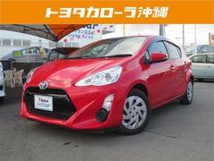 沖縄の中古車 トヨタ アクア 車両価格 129万円 リ済別 平成28年 5.2万K レッド