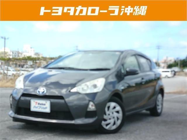 沖縄の中古車 トヨタ アクア 車両価格 98万円 リ済別 2012(平成24)年 8.0万km グレー