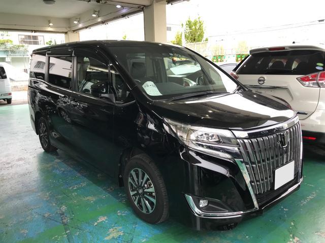 沖縄の中古車 トヨタ エスクァイア 車両価格 246万円 リ済込 2018(平成30)年 3.4万km ブラック