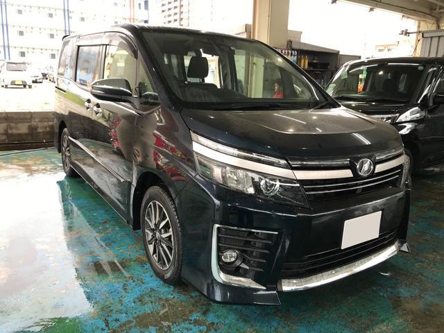 沖縄の中古車 トヨタ ヴォクシー 車両価格 195万円 リ済込 2016(平成28)年 2.0万km ブラック