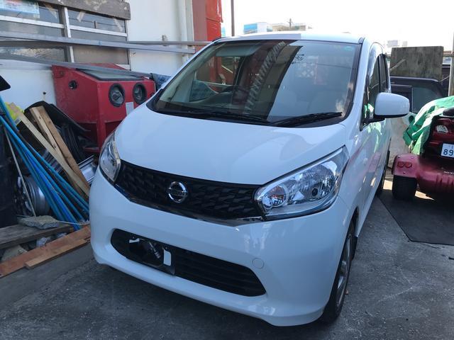 沖縄の中古車 日産 デイズ 車両価格 37万円 リ済込 2013(平成25)年 14.0万km ホワイト