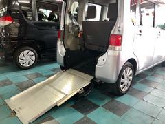 沖縄の中古車 ダイハツ タント 車両価格 68万円 リ済込 平成25年 7.1万K シルバー