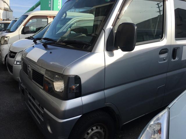 沖縄の中古車 日産 クリッパーバン 車両価格 20万円 リ済込 平成23年 15.6万km シルバー