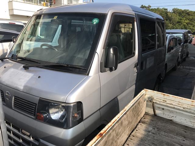 沖縄の中古車 日産 クリッパーバン 車両価格 21万円 リ済込 平成23年 13.2万km シルバーM
