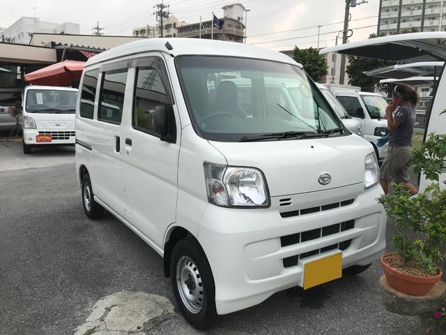 沖縄の中古車 ダイハツ ハイゼットカーゴ 車両価格 39万円 リ済込 2013(平成25)年 15.8万km ホワイト