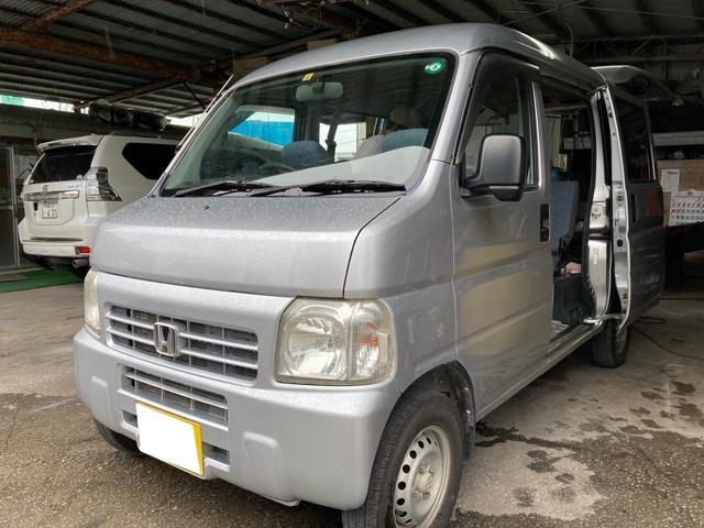 沖縄の中古車 ホンダ アクティバン 車両価格 25万円 リ済込 2010(平成22)年 15.1万km シルバーM