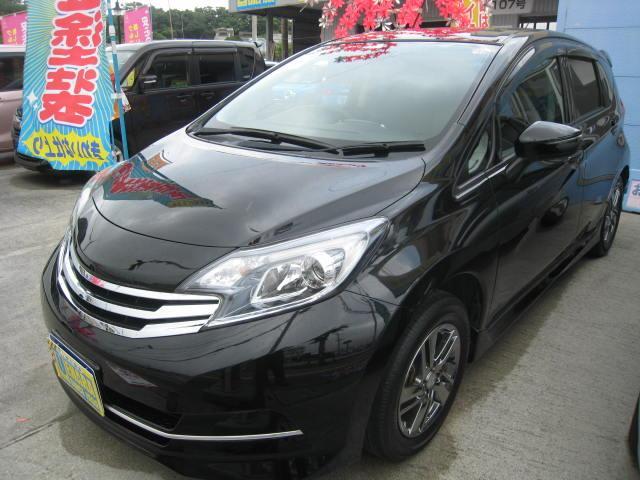 沖縄県沖縄市の中古車ならノート ライダー フルセグTV・バックカメラ・Bluetooth
