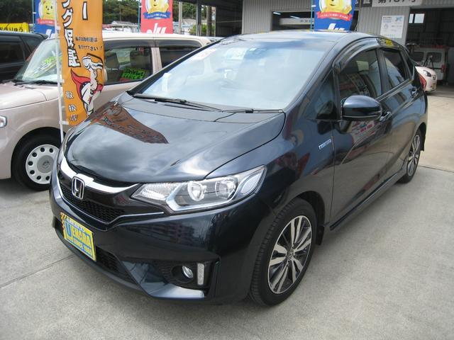 沖縄県沖縄市の中古車ならフィットハイブリッド Sパッケージ インターナビ・フルセグTV・DVD・Bluetooth・バックカメラ付