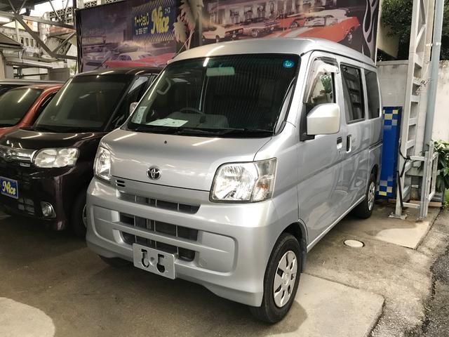 沖縄の中古車 トヨタ ピクシスバン 車両価格 72万円 リ済込 平成25年 7.7万km シルバー