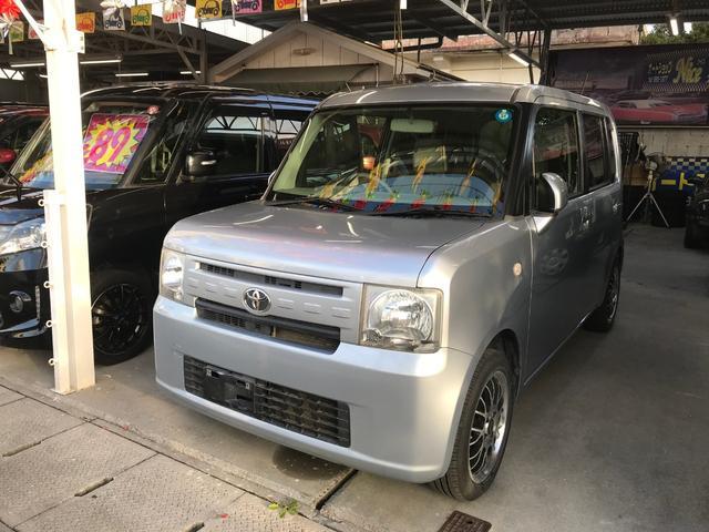 沖縄の中古車 トヨタ ピクシススペース 車両価格 56万円 リ済込 2013(平成25)年 7.2万km シルバー