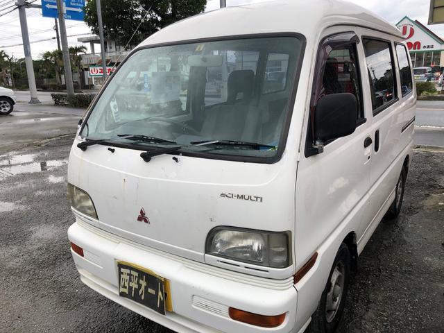 沖縄の中古車 三菱 ミニキャブバン 車両価格 19万円 リ済込 平成11年 7.1万km ホワイト