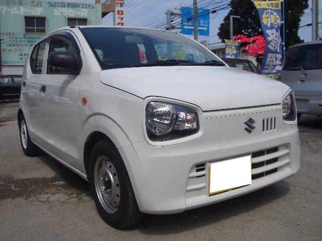 沖縄の中古車 スズキ アルト 車両価格 42万円 リ済込 平成26年 6.8万km ホワイト