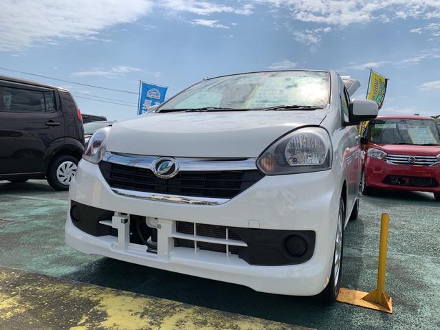 沖縄の中古車 ダイハツ ミライース 車両価格 55万円 リ済込 2014(平成26)年 7.8万km ホワイト