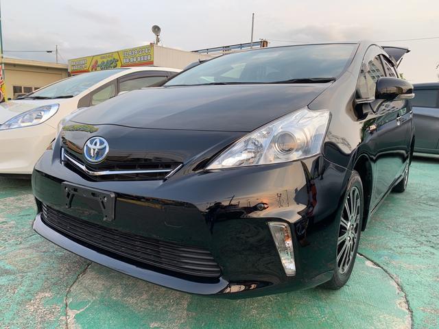 沖縄の中古車 トヨタ プリウスアルファ 車両価格 119万円 リ済込 平成24年 7.7万km DブラックM