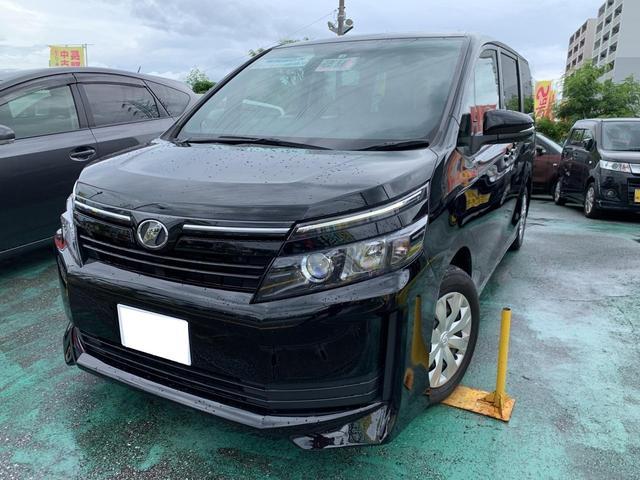 沖縄の中古車 トヨタ ヴォクシー 車両価格 138万円 リ済込 2017(平成29)年 7.8万km DブラックM