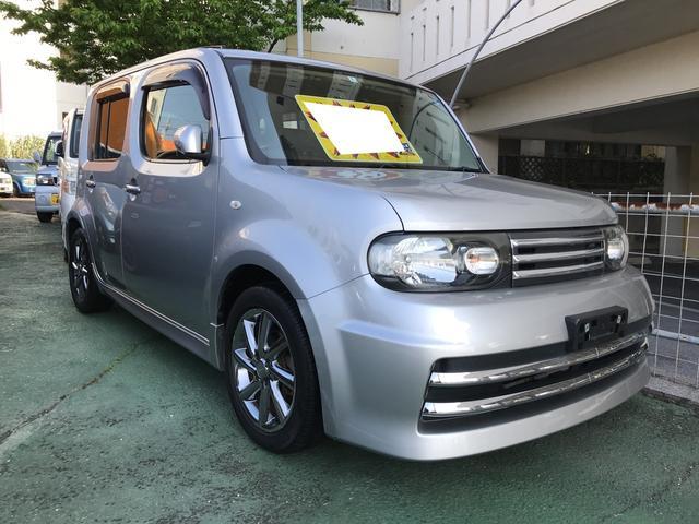 沖縄の中古車 日産 キューブ 車両価格 39万円 リ済別 平成22年 9.6万km ダイヤモンドシルバーM