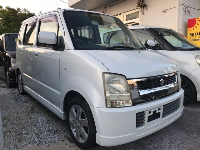 沖縄の中古車 スズキ ワゴンR 車両価格 13万円 リ済別 2004(平成16)年 12.3万km パールホワイト
