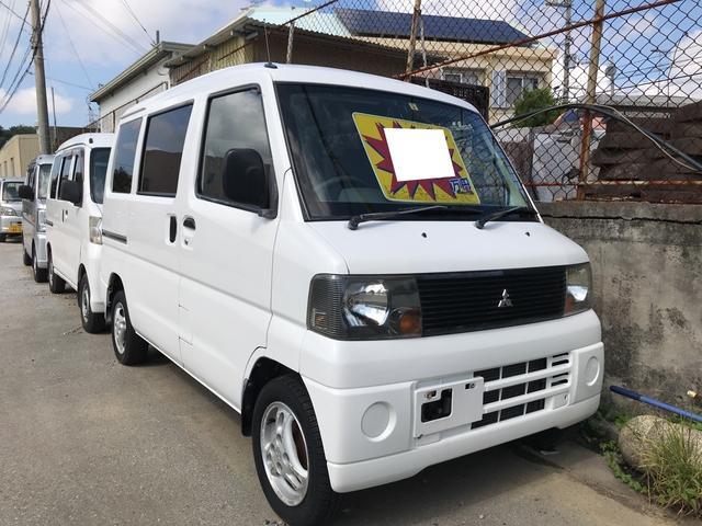 沖縄の中古車 三菱 ミニキャブバン 車両価格 16万円 リ済別 2005(平成17)年 11.2万km ホワイト