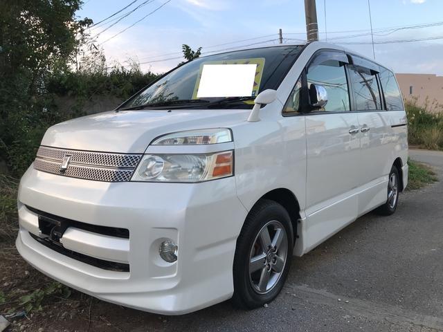 沖縄の中古車 トヨタ ヴォクシー 車両価格 19万円 リ済別 2006(平成18)年 15.1万km ホワイトパールマイカ