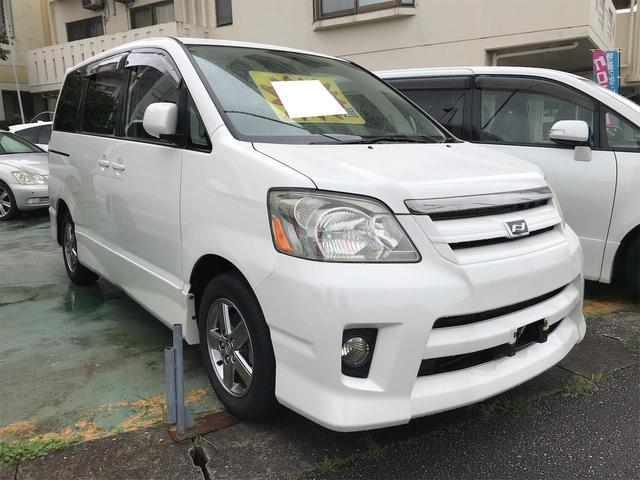 沖縄県の中古車ならノア S