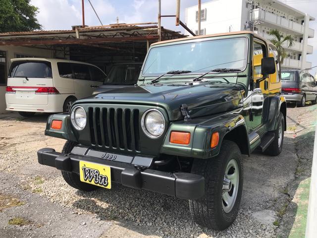 沖縄の中古車 クライスラー・ジープ ジープ・ラングラー 車両価格 100万円 リ済込 1998(平成10)年 6.2万km グリーンII
