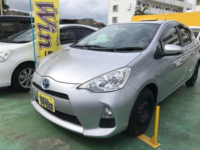 沖縄県の中古車ならアクア L 新品タイヤ キーレス アイドリングストップ ナビ TV Bluetooth ドライブレコーダー