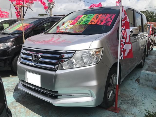 沖縄の中古車 ホンダ ステップワゴン 車両価格 88万円 リ済込 2012(平成24)年 10.1万km スーパープラチナメタリック