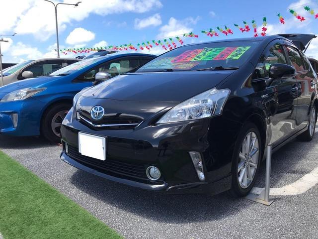 沖縄の中古車 トヨタ プリウスアルファ 車両価格 108万円 リ済込 2013(平成25)年 10.2万km ブラック