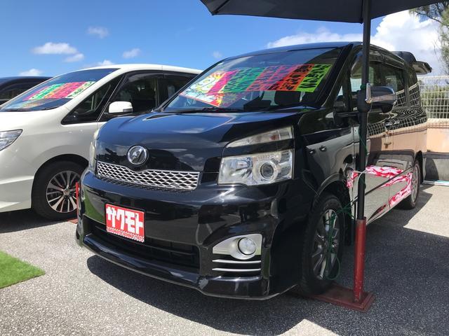 沖縄の中古車 トヨタ ヴォクシー 車両価格 88万円 リ済込 2012(平成24)年 10.9万km ブラック