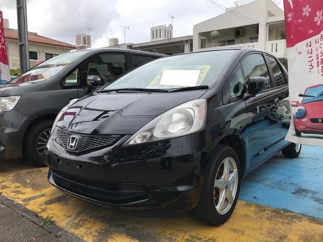 沖縄の中古車 ホンダ フィット 車両価格 37万円 リ済込 2010(平成22)年 7.4万km クリスタルブラックパール