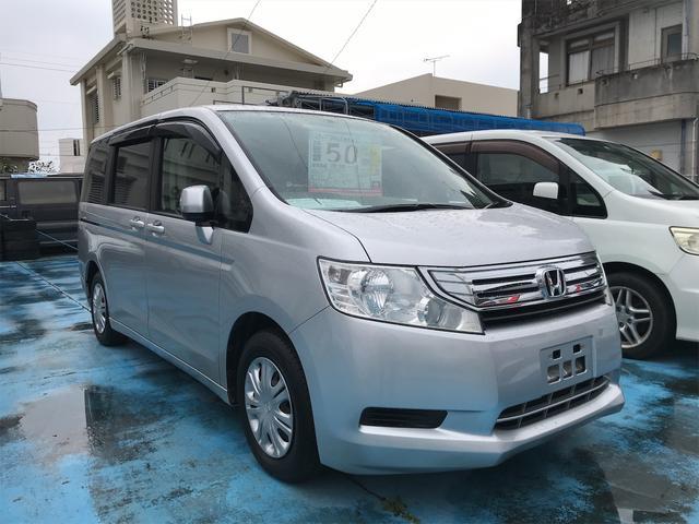 沖縄の中古車 ホンダ ステップワゴン 車両価格 39万円 リ済込 2010(平成22)年 10.6万km シルバー