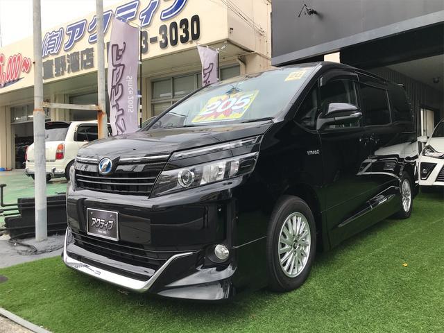 沖縄の中古車 トヨタ ヴォクシー 車両価格 205万円 リ済別 2014(平成26)年 6.4万km ブラック