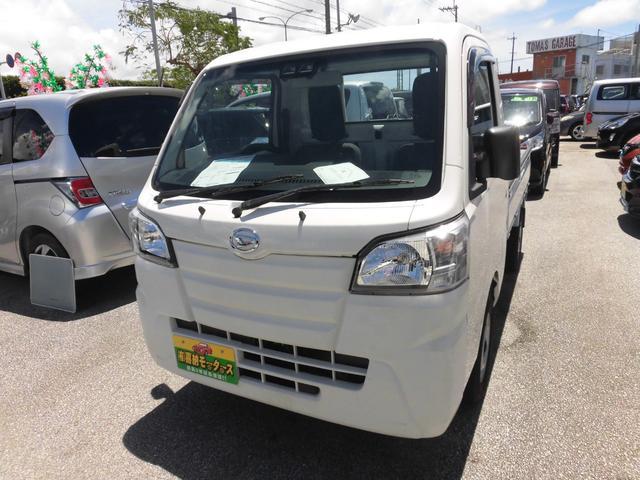 沖縄の中古車 ダイハツ ハイゼットトラック 車両価格 84万円 リ済込 2019(平成31)年 0.2万km ホワイト