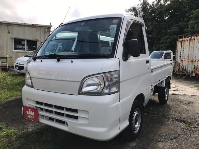 沖縄の中古車 ダイハツ ハイゼットトラック 車両価格 39万円 リ済込 平成24年 12.4万km ホワイト