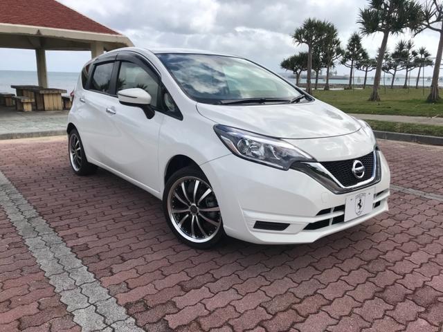 沖縄の中古車 日産 ノート 車両価格 108万円 リ済込 2018(平成30)年 500km ホワイトM