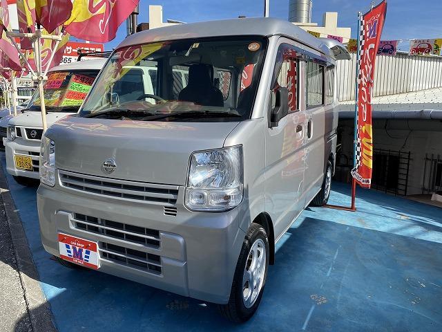 沖縄の中古車 日産 NV100クリッパーバン 車両価格 49万円 リ済込 2015(平成27)年 9.9万km シルバーM