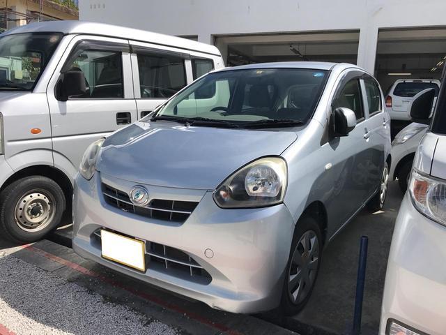 沖縄の中古車 ダイハツ ミライース 車両価格 33万円 リ済込 2013(平成25)年 12.7万km シルバー