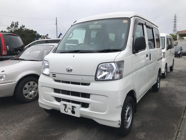 沖縄の中古車 ダイハツ ハイゼットカーゴ 車両価格 46万円 リ済込 平成27年 10.2万km ホワイト