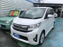 沖縄の中古車 三菱 eKカスタム 車両価格 49万円 リ済別 平成25年 11.2万K パール