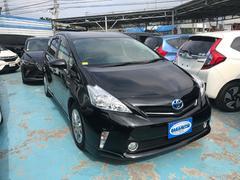 沖縄の中古車 トヨタ プリウスアルファ 車両価格 159万円 リ済別 平成25年 7.0万K ブラック