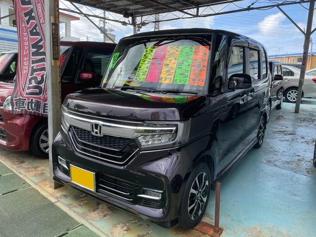 沖縄の中古車 ホンダ N-BOXカスタム 車両価格 124万円 リ済別 2017(平成29)年 5.7万km パープル