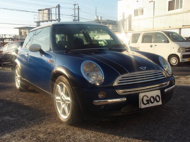 沖縄の中古車 MINI MINI 車両価格 29万円 リ済込 2003(平成15)年 10.0万km ブルー