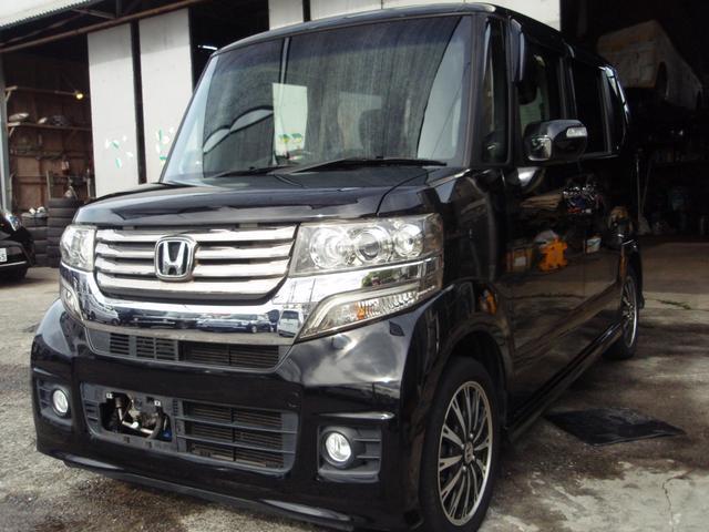 沖縄の中古車 ホンダ N-BOXカスタム 車両価格 75万円 リ済込 2012(平成24)年 9.9万km ブラックM