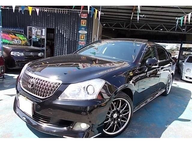 トヨタ クラウンマジェスタ Gタイプ 黒本革・HDDマルチ・サンルーフ