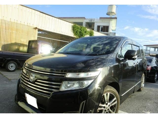 沖縄の中古車 日産 エルグランド 車両価格 99万円 リ済別 2012(平成24)年 18.0万km ファントムブラックP
