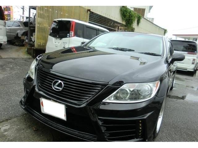 沖縄の中古車 レクサス LS 車両価格 89万円 リ済別 2007(平成19)年 18.0万km ブラック