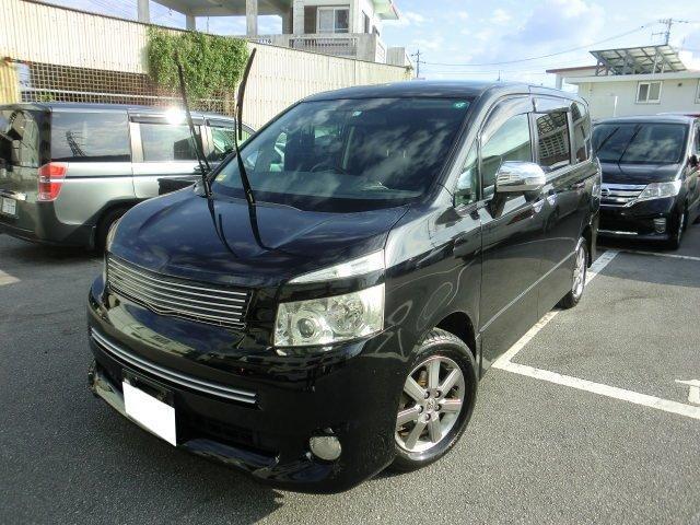 沖縄の中古車 トヨタ ヴォクシー 車両価格 59万円 リ済別 2009(平成21)年 13.5万km ブラック