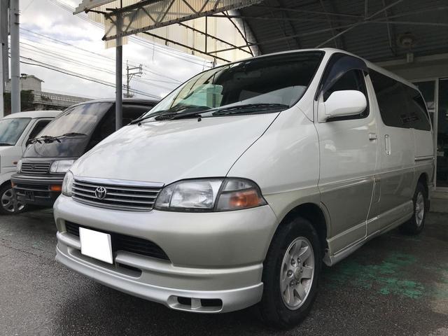 沖縄の中古車 トヨタ グランビア 車両価格 39万円 リ済別 平成9年 18.0万km エンシャントパールトーニング