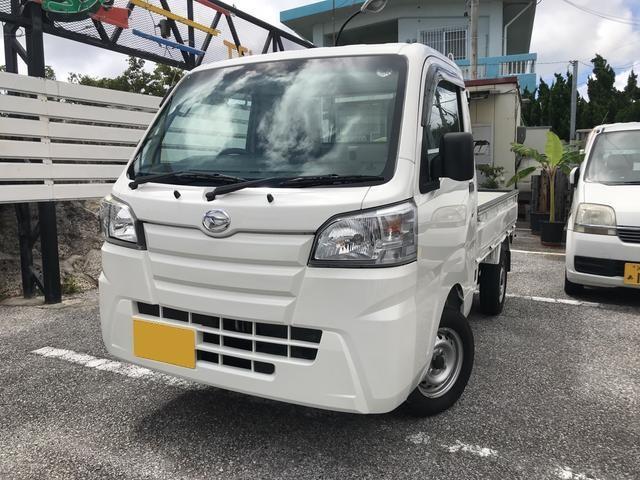 沖縄の中古車 ダイハツ ハイゼットトラック 車両価格 76万円 リ済込 平成27年 0.3万km ホワイト